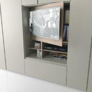 Dettaglio Armadio Grafik TV - Camere da letto - Gambula Arredamenti